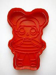 Вырубка для пряника пластиковая с оттиском Кукла ЛОЛ Пчелка