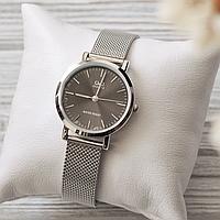 Годинник Q&Q з ремінцем-сіткою, чорний циферблат, японський кварцовий механізм, стильний дизайн, мінеральне скло, фото 1
