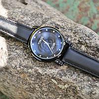 Годинник Attractive чорні, шкіряний ремінець, кристали Swarovski, японський кварцовий механізм, мінеральне скло