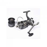 Катушка безынерционная для удилища Salmo Sniper BAITFEEDER 1 2750BR / Катушка для рыбалки черного цвета