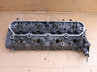 Головка блока цилиндров б/у на DAF 400  2.5D, DAF 400  2.5TD   1989-1993 год