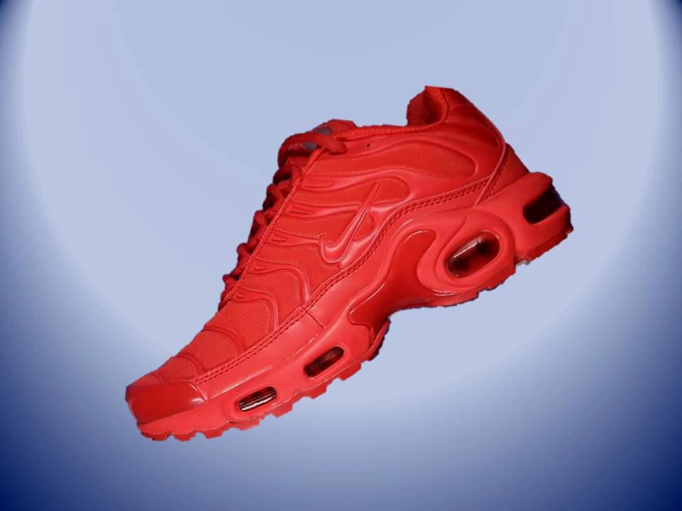 Кросівки Nike Air Max Plus TN All Red Червоні Репліка  продажа 823d15bce5149