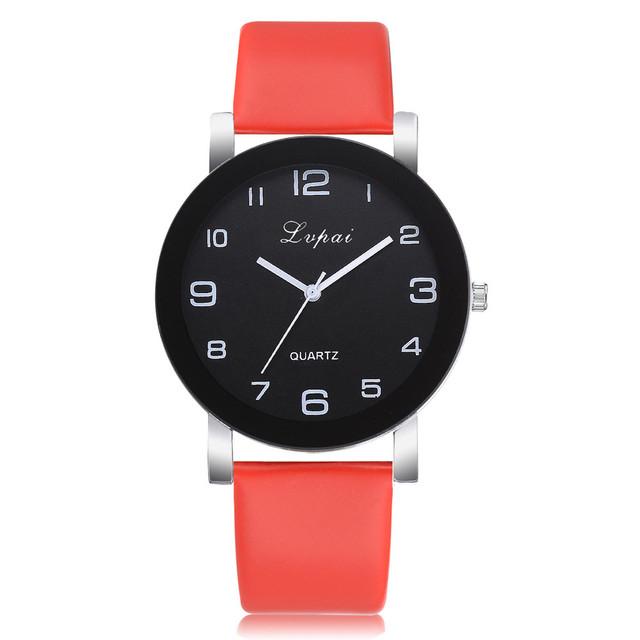 Женские наручные часы с красным ремешком