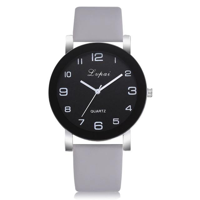 Женские наручные часы с серым ремешком