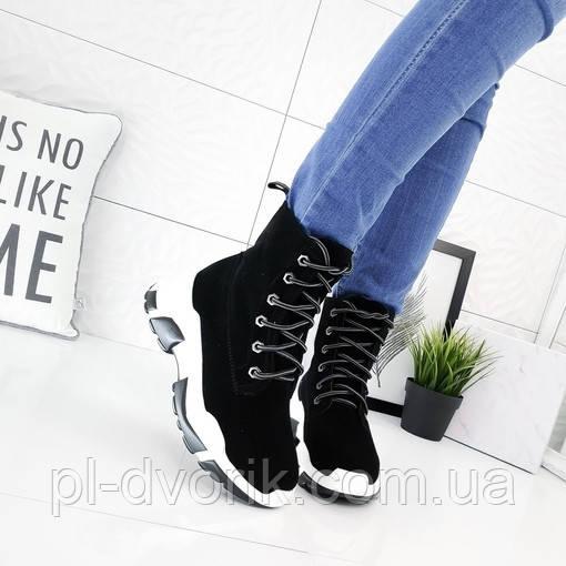 Ботинки цвет - Черный,  материал -иск.замша, высота 14 см,  кабл 3см,