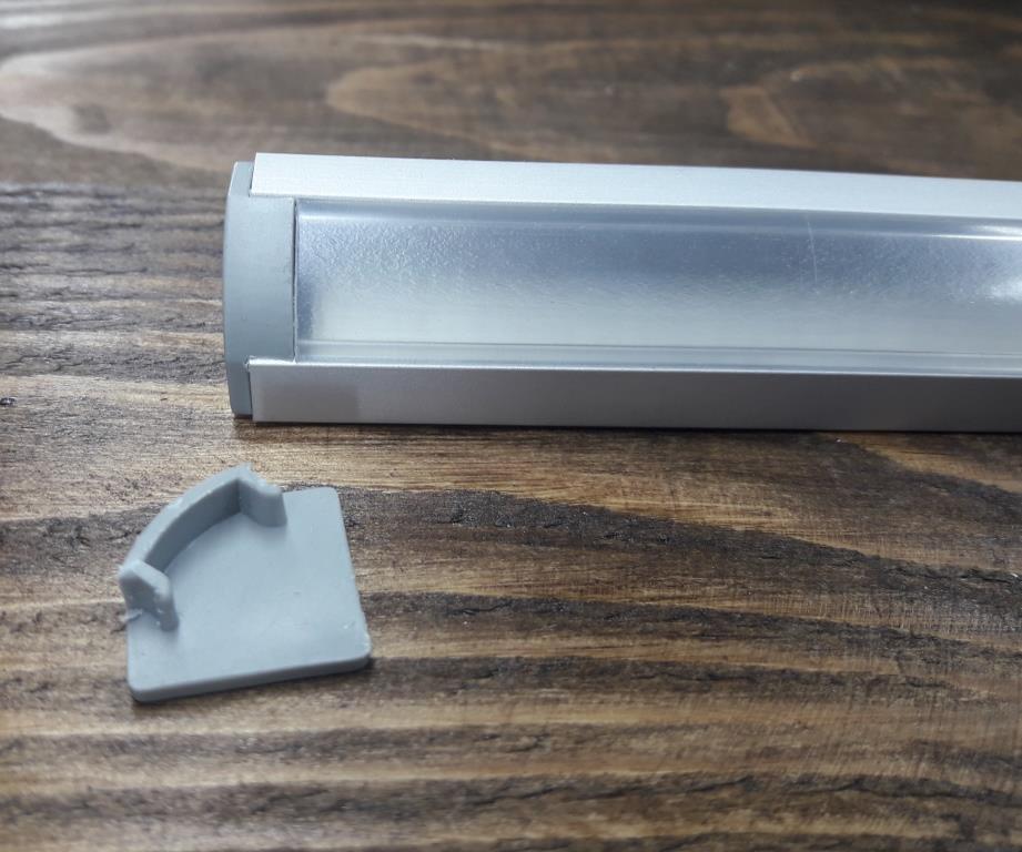Светодиодный профиль угловой BLL 1301 (ЛПУ17) анод. Комплект профиль+рассеиватель прозрачный 2мп+2заглушки