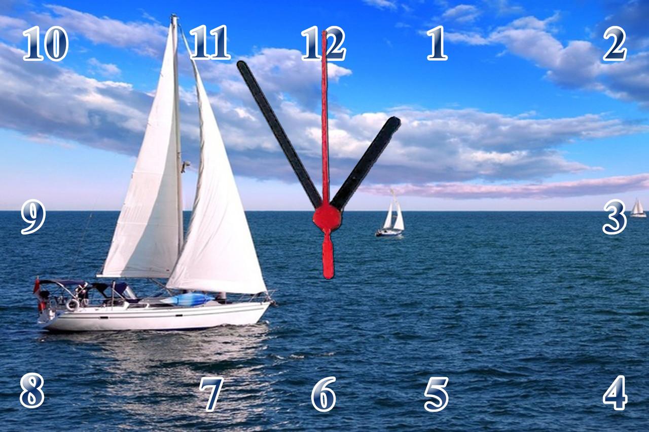 """Настенные часы МДФ  """"Яхта с белыми парусами"""" кварцевые"""