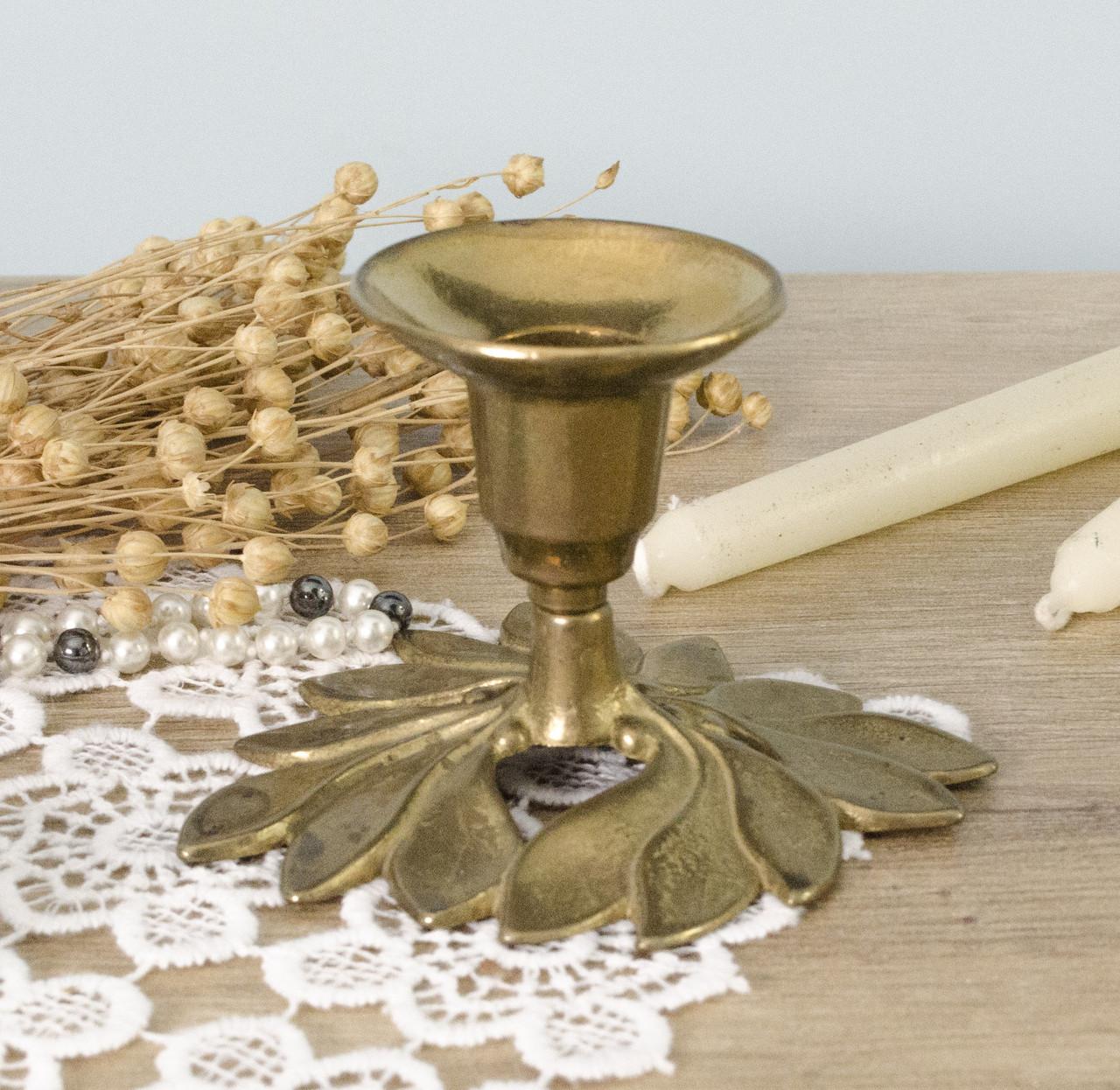 Старый бронзовый подсвечник, бронза, основание в форме цветка, Англия