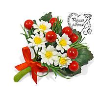 Бутоньєрка ромашки калина, український стиль на весілля, ручна робота, під замовлення будь-який квітка