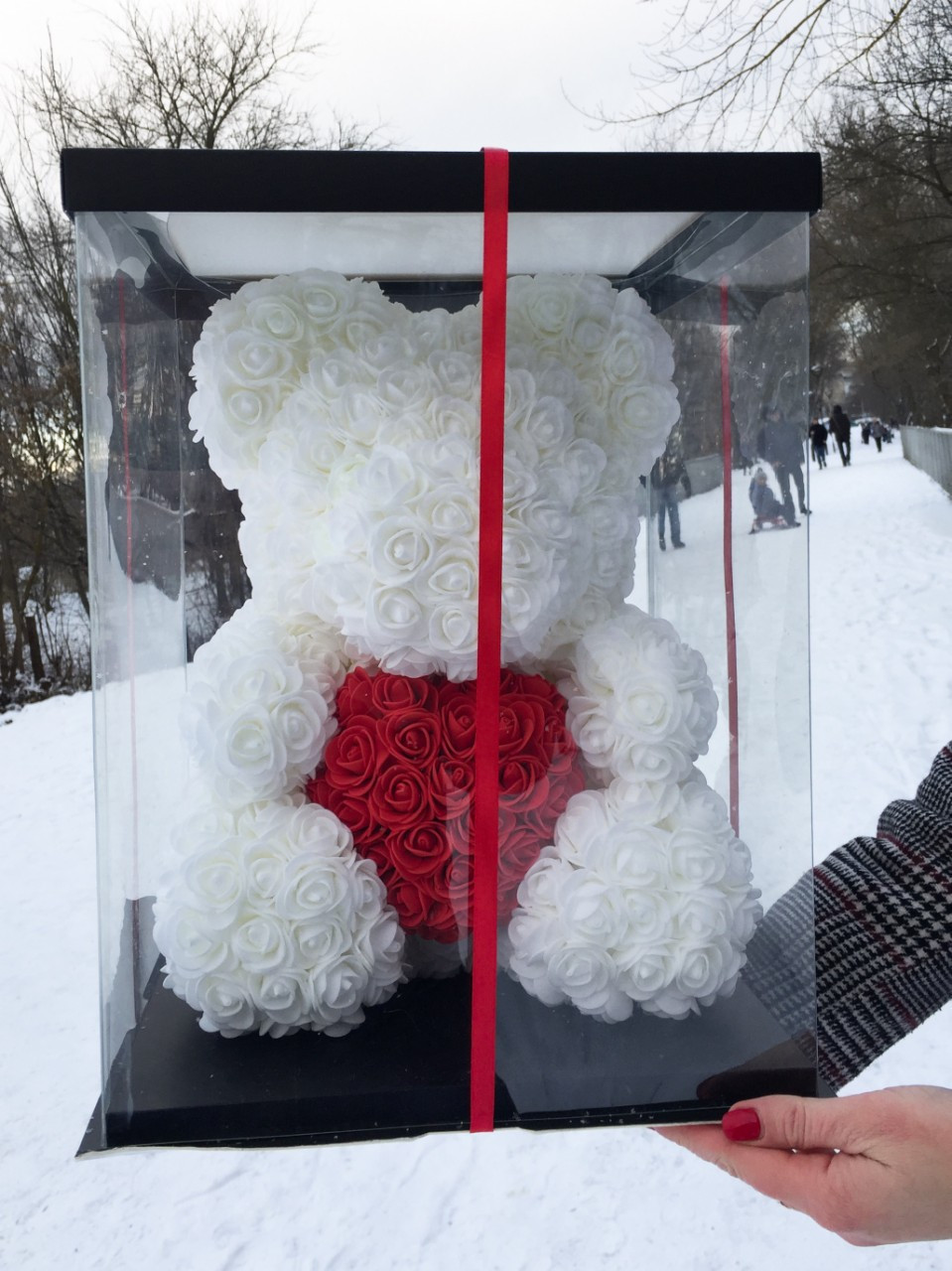 Белоснежный Белый мишка из 3D роз 45 см.