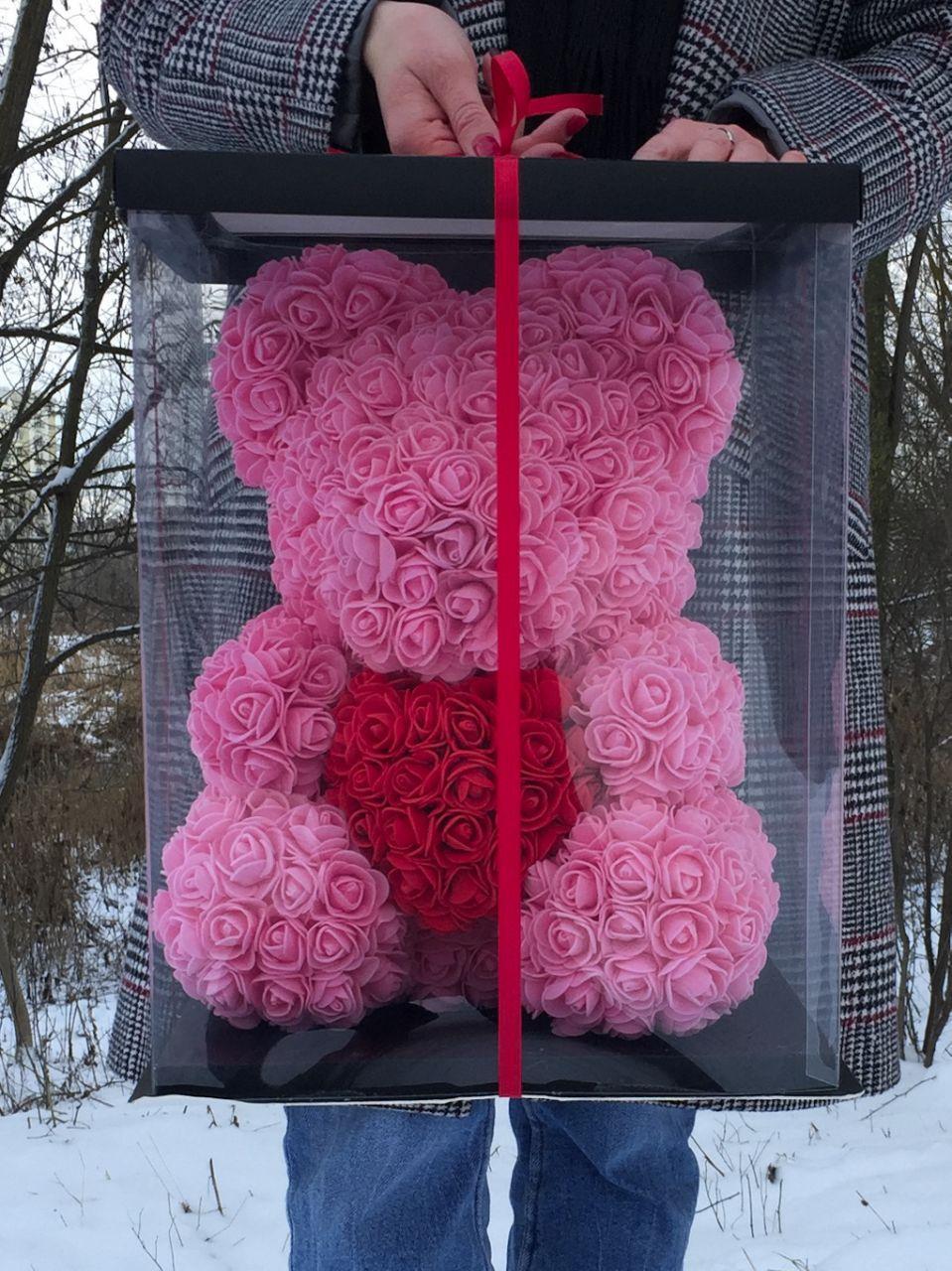 Розовый Медведь из роз лучший подарок в коробке 45 см.