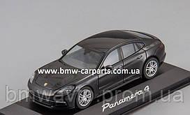 Модель автомобіля Porsche Panamera 4 (G2), Scale 1:43