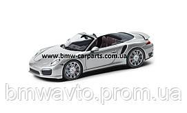 Модель автомобіля Porsche 911 Turbo Convertible