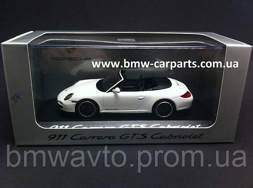 Модель автомобіля Porsche 911 Carrera GTS, Cabriolet, Scale 1:43, фото 2