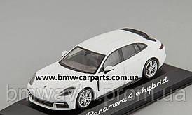 Модель автомобіля Porsche Panamera Sport Turismo 4 E-Hybrid, Scale 1:43