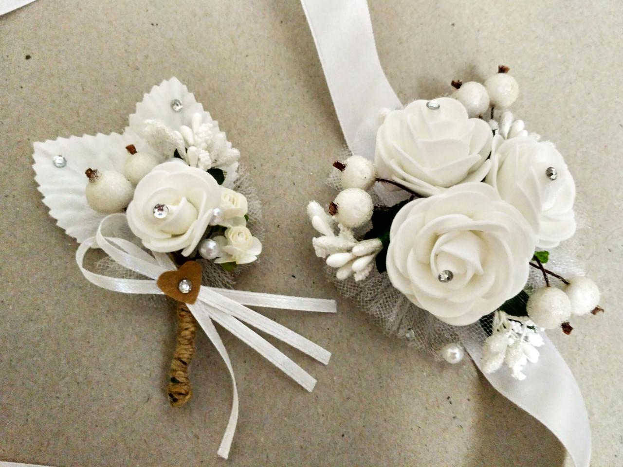 Свадебная бутоньерка и браслет Rose. Цвет белый.