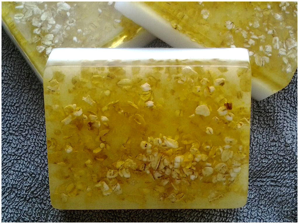 Натуральное мыло скраб с Овсянка и Мед