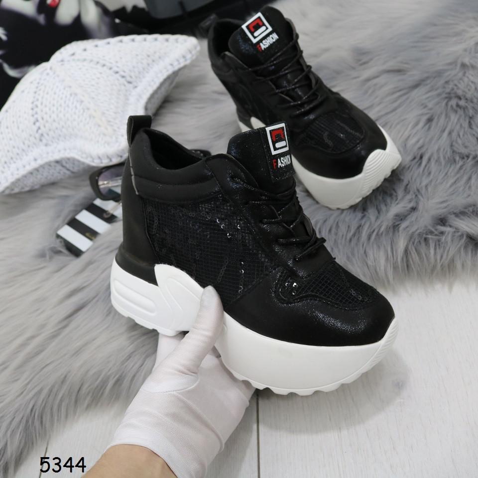 Кроссовки черные на белой платформе  5344