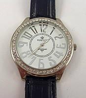 Часы женские наручные Perfect 07080 серебристые с черным с белым циферблатом в стразах