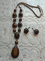 Модный красивый комплект с натурального камня, тигровый глаз, подвеска и серьги.