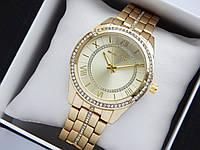 Женские кварцевые наручные часы копия Michael Kors золотого цвета, стразы, римские цифры, золотой циферблат, фото 1