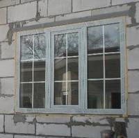 Металлопластиковое окно Salamander со шпроссами. Окна Киев. Цены на окна Киев