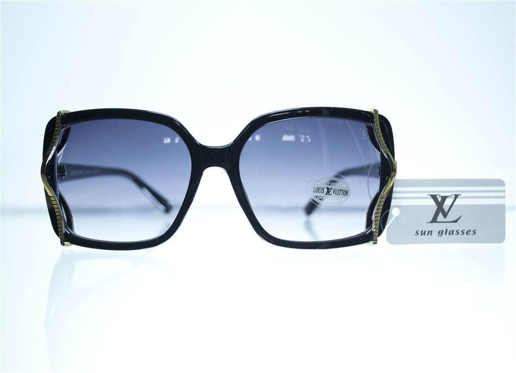 Оптом Очки женские Louis Vuitton солнцезащитные - Черные - 8330
