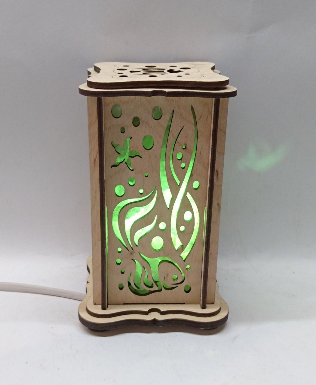 """Соляний світильник дерев'яний """"Водний світ маленький"""""""