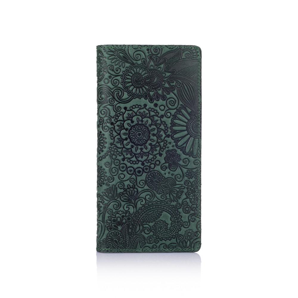 """Красивый зеленый кожаный бумажник на 14 карт с авторским тиснением """"Mehendi Art"""""""