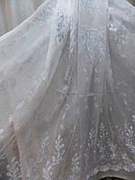 Красивая белая тюль из ткани кристалон