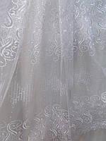 Белая тюль из органзы с вышитым рисунком