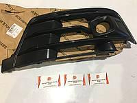 Решетка воздухонаправляющая Audi Q7 4M0807681EGXE