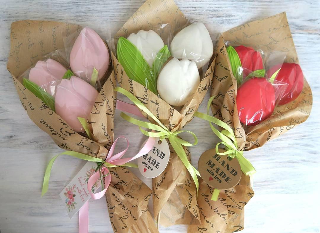Букеты с тюльпанов. Подарочный букет из пряников.