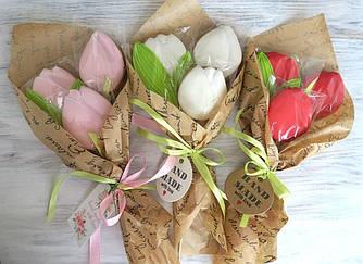 Букети з тюльпанів. Подарунковий букет з пряників.