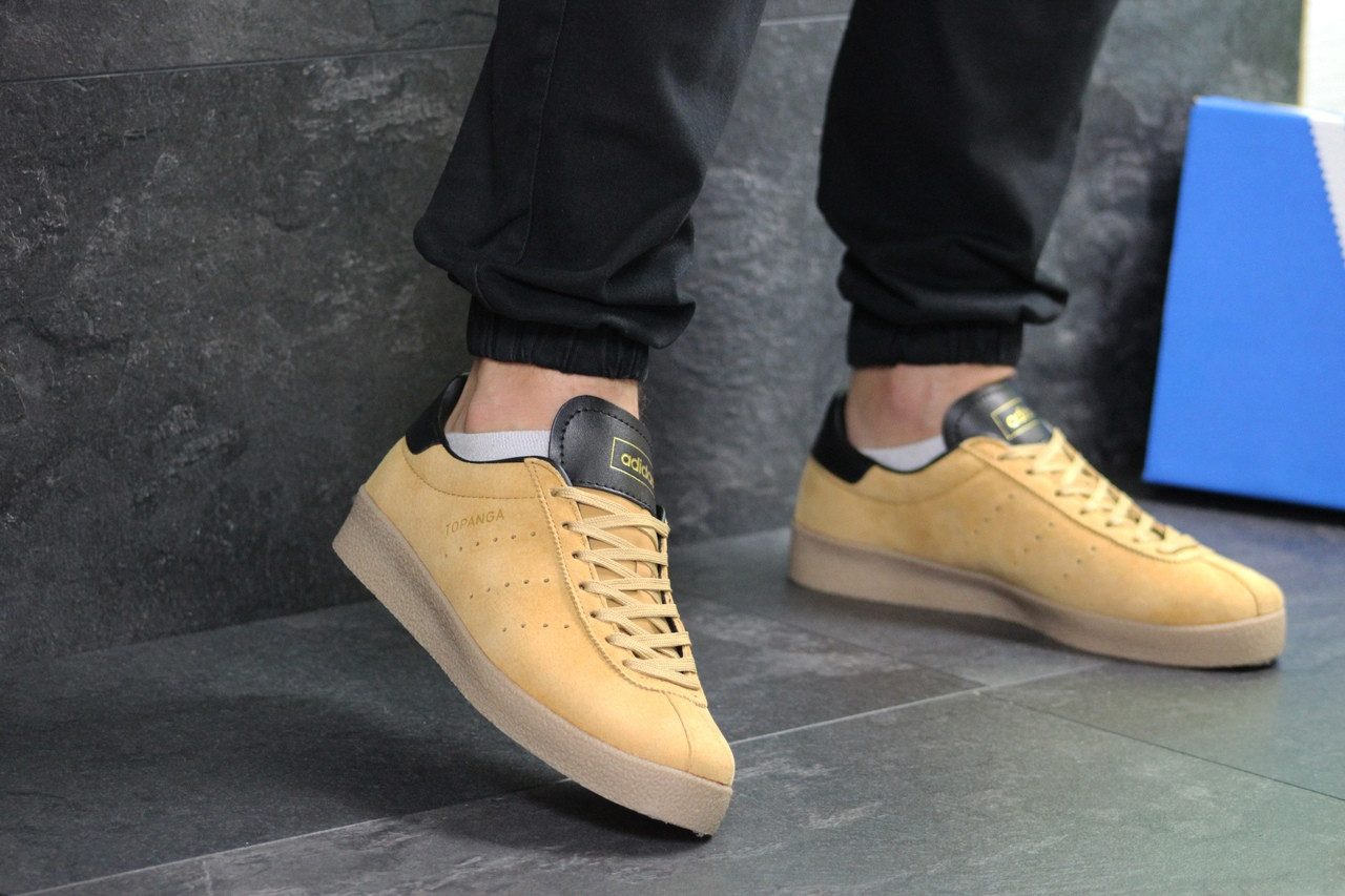 Мужские кроссовки Adidas Topanga (Горчичные)