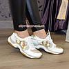 Стильные женские кожаные кроссовки на шнуровке, декорированы пайетками, фото 2