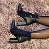 Ботинки зимние на высоком устойчивом каблуке, декорированы резинкой, цвет синий, фото 7