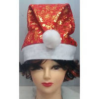 Новогодняя шапка с золотистой отделкой
