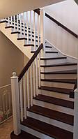 Лестница деревянная из массива ясеня
