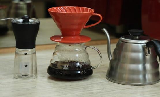 альтернативное заваривание кофе, пуровер харио красный заказать