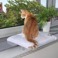 Лежак на подоконник для котов