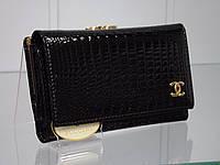 Женский кожаный кошелек  CHANEL 9011 Black лаковый средний