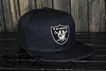 Снепбек Raiders черного цвета (люкс копия)