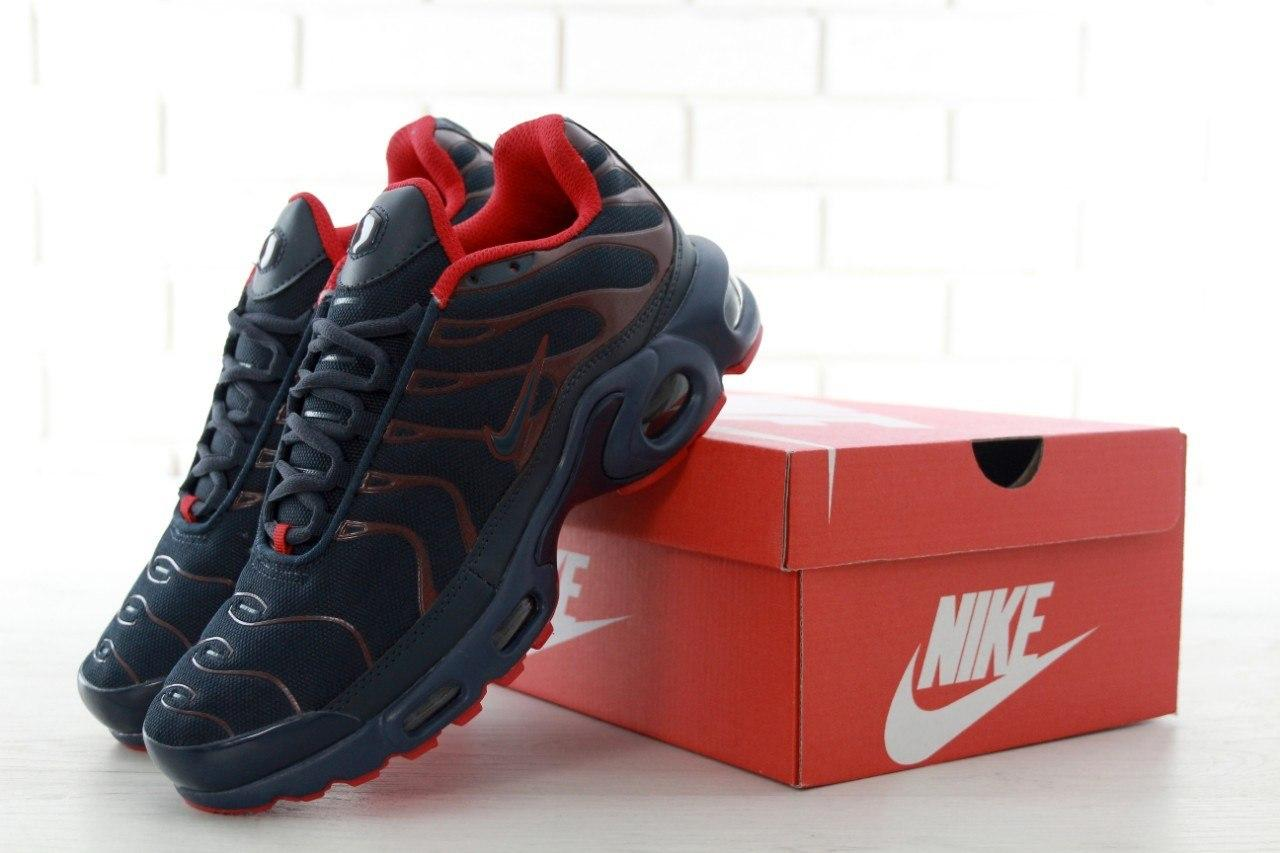 Мужские кроссовки в стиле Nike Air Max Tn Black and Red (Реплика ААА+)