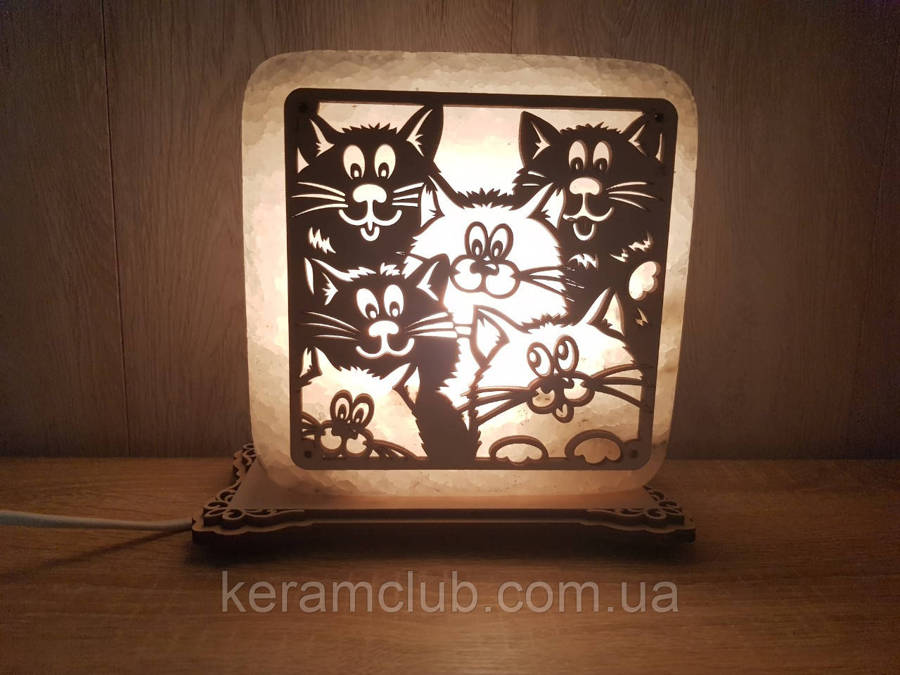 """Соляная лампа """"Коты"""""""