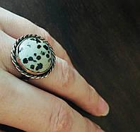 Перстень из меди с природной далматиновой яшмой «101 далматинец»