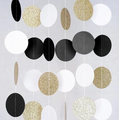 Гирлянда из кружочков - 2м (диаметр одного кружочка 5см)