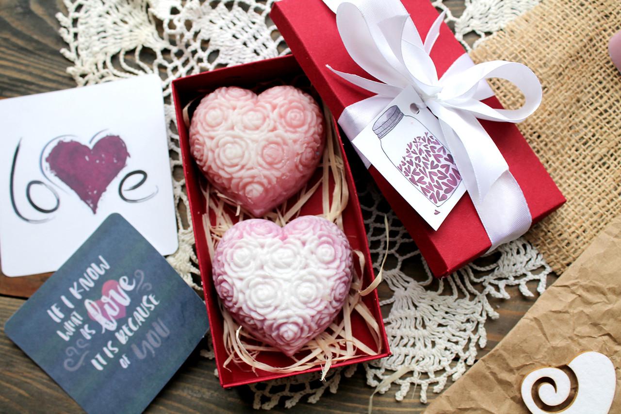 Подарочный набор мыла цветочные сердца