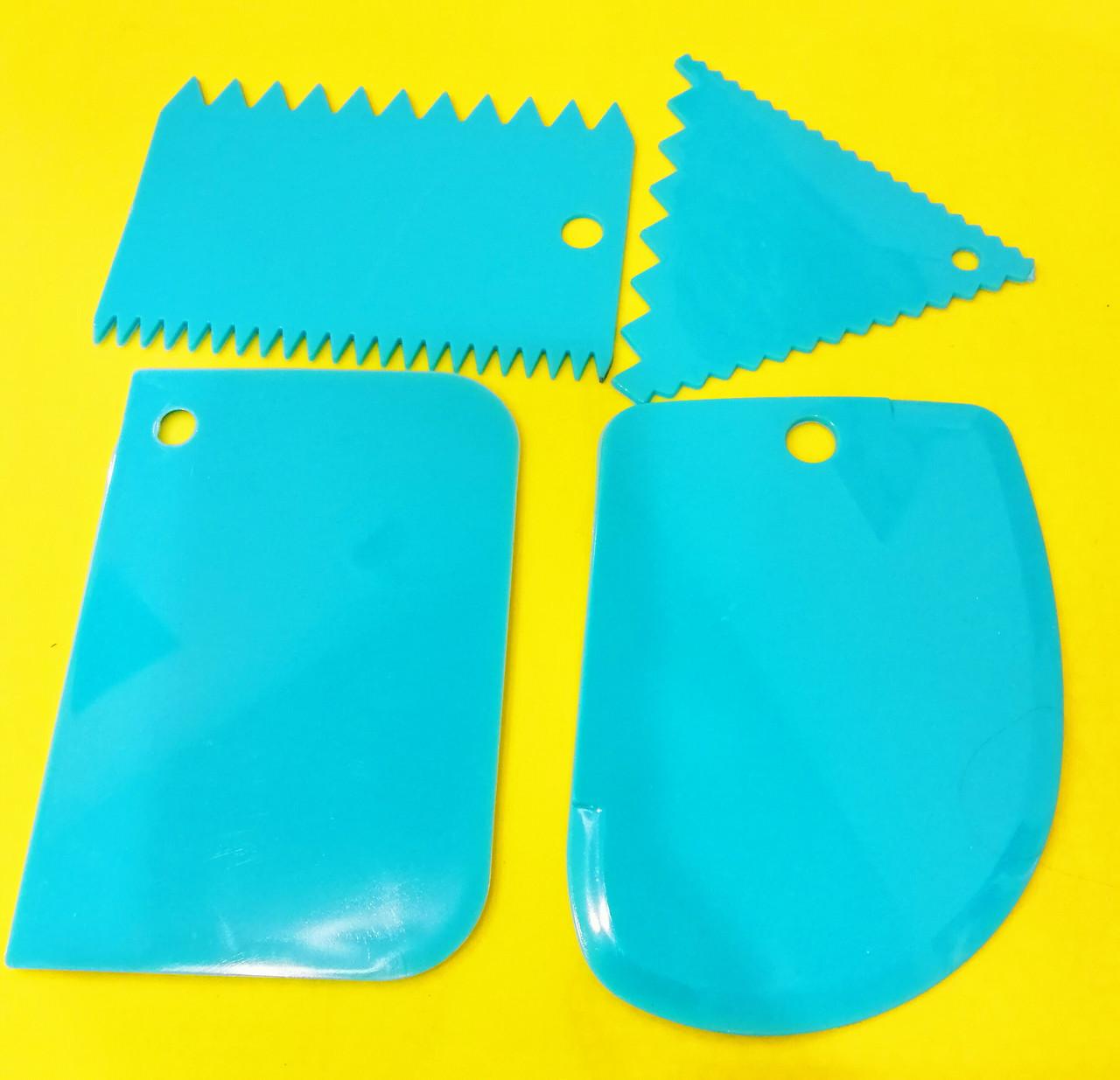 Набор скребков для торта пластмас. 3