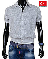 Стильная мужская рубашка с коротким рукавом.